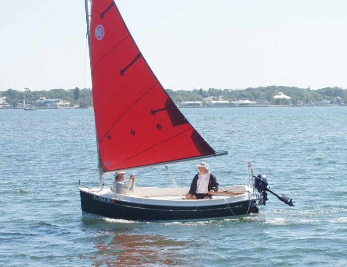 ComPac Picnic Cat on a reach - Photo of Com-Pac Picnic Cat sail boat