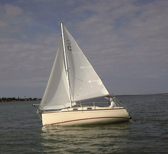 Com-Pac Eclipse Pointing Upwind - Photo of Com-Pac Eclipse sail boat