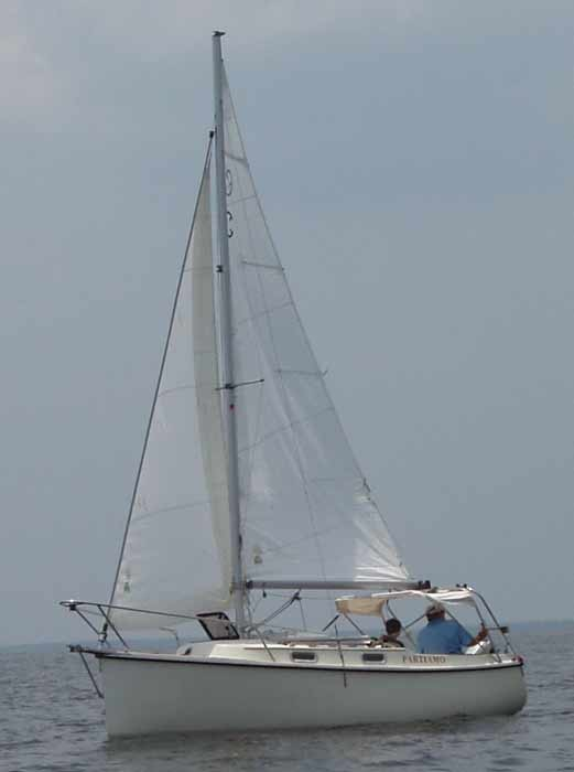 Com-Pac Eclipse Side View Sailing - Photo of Com-Pac Eclipse sail boat