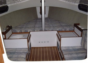 Com-Pac Eclipse cabin - Photo of Com-Pac Eclipse sail boat