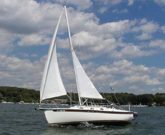 Com-Pac 23 under sail - Photo of Com-Pac 23/4 sail boat