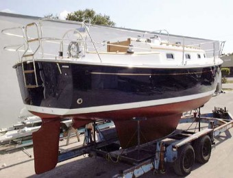Com-Pac 27 On Trailer - Photo of Com-Pac 27/3 sail boat