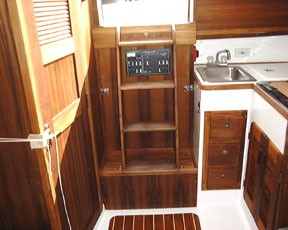 Com-Pac 27 Companionway - Photo of Com-Pac 27/3 sail boat