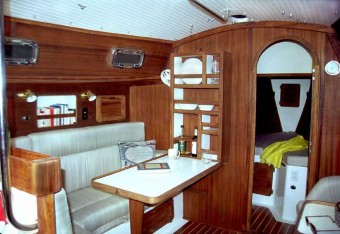 Com-Pac 35 main salon - Photo of Com-Pac 35 sail boat