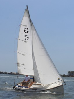 Com-Pac Legacy Under Sail - Photo of Com-Pac Legacy sail boat