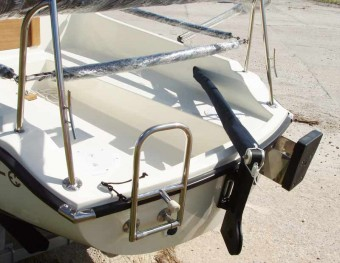 Legacy Transom - Photo of Com-Pac Legacy sail boat
